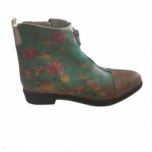 Goby Floral ZIp Up Ankle Boot Size 6.5 / 7